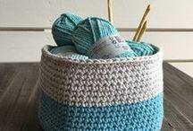 * Crochet *