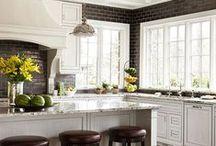 Kitchen / by Whittlee Hamblin