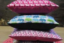 Cushion, Pillow & Kissen Ideen / Wir lieben ausgefallene Kissen und fertigen Deinen Stoff für Dein Kissenunikat auch mit unserer Werkstatt für Menschen mit Behinderungen unter www.dayogo.de...