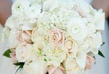 Wedding things / by Kylie Beggs