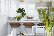Modern coastal kitchen / Modern kitchens at the centre of the home.