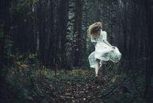 Once upon & time / Když prší, když se stmívá, když jsem v lese...