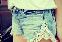 Riflové kraťasy  z krajkovou aplikací z boku DIY / Fashion Ripped Hollow Out Lace Applique Skinny Jeans