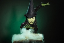 Wicked The Musical / Pins from all over the world, and some exclusive snaps about Wicked The Musical
