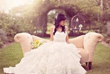 Wedding Dresses + Bride / by Lily Pdx 莉莉蔣