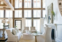 Living Spaces + Home Furnishings / by Lily Pdx 莉莉蔣