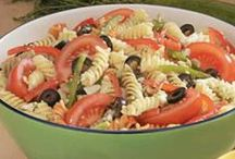 Food (Pasta Dishes) / by Taylor Bosom