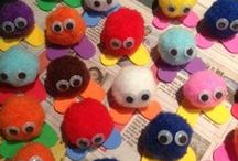 Pom Pom Crafts / Fun ideas for children to make with furry pom poms. Lots of crafts and ways of using pom poms.