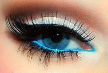Pretty eyes / by Josie Wosie