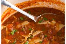 Soup, Stew and Chili / by Ashley Iannuzzi