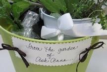 <3GaRdEnINg/ YaRd DeCoR& mOre / LOVE all these unique gardening  ideas..