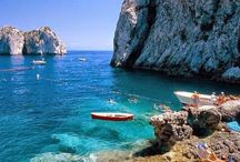 Summer in Capri Travel Tips / The Beautiful, Magical Island Of Capri and the wonderful things you can do there.