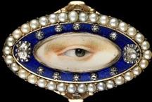 adornments / fantasy jewelry box