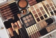 Makeup Collection / Makeup collections to die for!
