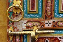 Knobs/Knockers/Locks/Keys