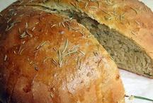 I Can't Make Bread / by Lea Ann Stundins
