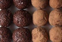 J'adore le chocolat... / by L u c y G a n d o.
