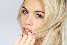 Hair - Blonde