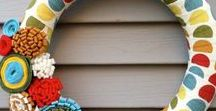 Wreaths and Doorhangers / Inspiration. ideas and tutorials for making wreaths and doorhangers.