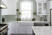 A Kitchen to Die For / by Laurie dill-Kocher
