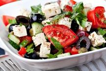 Mediterranean Diet / The Mediterranean diet has a remarkable effect on the physical and mental well-being of every individual. It is rich in olive oil, nuts, fish, Mediterranean herbs, fruits and vegetables.