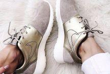 Nike shoes☆