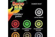 Gummeny nastrek│preauta.sk / Dekoratívna gumená ochranná farba v spreji, môže byt' použitá na vnútorné vonkajšie povrchy, ako sú plasty, kov, hliník, drevo, sklo, gumu, betón atď.. Farba vytvára ochranný film ktorý sa dá ľahko odstránit (ručne strhnúť s povrchu) , ktorý sa takto ľahko vrátiť do pôvodného stavu.