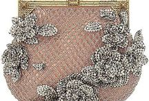 Vintage Handbags / by Chentzu Hester