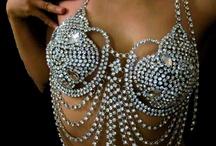 Haute Jewelry / by Chentzu Hester