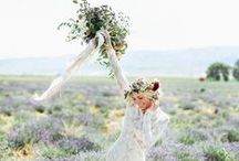 Wedding Color Inspiration: Lavender Fields / Hochzeit: Lavendelfelder / Farbinspiration für Hochzeiten in lavendel, lila und gelb