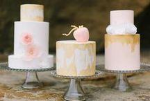Wedding Color Inspiration: Glam Wedding / Hochzeit: Glam / Farbinspiration für eine Hochzeit Grundfarben: island pink, peach und ivory - koralle, pfirsich/apricot und creme Akzentfarbe: kupfer