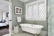 Bathrooms / by Tammy Bunnell