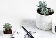 Marmer interieur inspiratie / De marmer trend is he-le-maal van nu! Je ziet het steeds meer. Wil jij ook je inrichting opleuken met marmeren meubels? Dan is dit alle inspiratie die je nodig hebt!