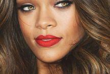 Rihanna / Cette chanteuse est cool!