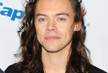Harry Styles / Il vient des one direction mais suis toujours sa carrière !