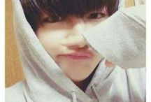 TaeTae the morning Tea / The cutie little puff Taehyung, our love <3