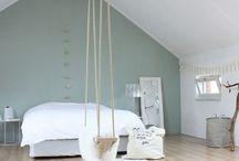 Bedroom Early Dew / Een moodboard voor een slaapkamer van een klant. Uitgangspunt is de kleur Early Dew van Flexa.