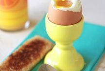 EGGS / I could eat eggs everyday  / by Matt Moss