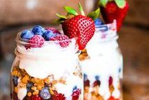 Deko zum Frühstück ♥ / Die schönsten DIY-Tipps, Tischdeko-Ideen und Deko-Accessoires zum Selbermachen für einen einladenden Frühstückstisch. / by WUNDERWEIB .de