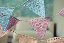 Crochet - Bunting / Buntings & Garlands Inspiration, tutorials, color / by Gayla Whitfield
