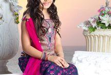 Anjali, Payal ve Khushi