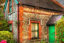 Cottages/Houses/Barns