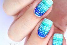 Nail Design / Lasst euch von angesagter Nail Art inspirieren und findet so das passende Nail Design für euch. Alles rund um Fingernägel, Nagellack und schöne Motive.