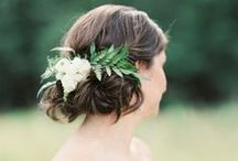 Flowers in Her Hair / Flower crowns, combs, and other pretties for adorning a lady's hair.