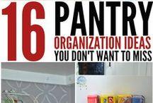 Organization: Kitchen / Organization tricks and organization hacks for the kitchen.