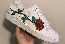 Vans Rose / Rose garden with Vans.