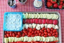 Holiday Food / Delicious themed snacks for the Holiday partier in all of us.