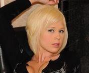 Bailey Kline / Sexy blonde model Bailey Kline