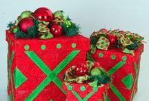 Christmas / My favorite holiday! DIY decor, crafts, gifts, and eats. / by Amanda Mahan
