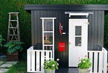 cubby house tiny house / Cubby house ideas and inspiration, tiny house ideas, tiny house inrpiration, playhouse ideas, playhouse inspiration DIY playhouse DIY cubby house